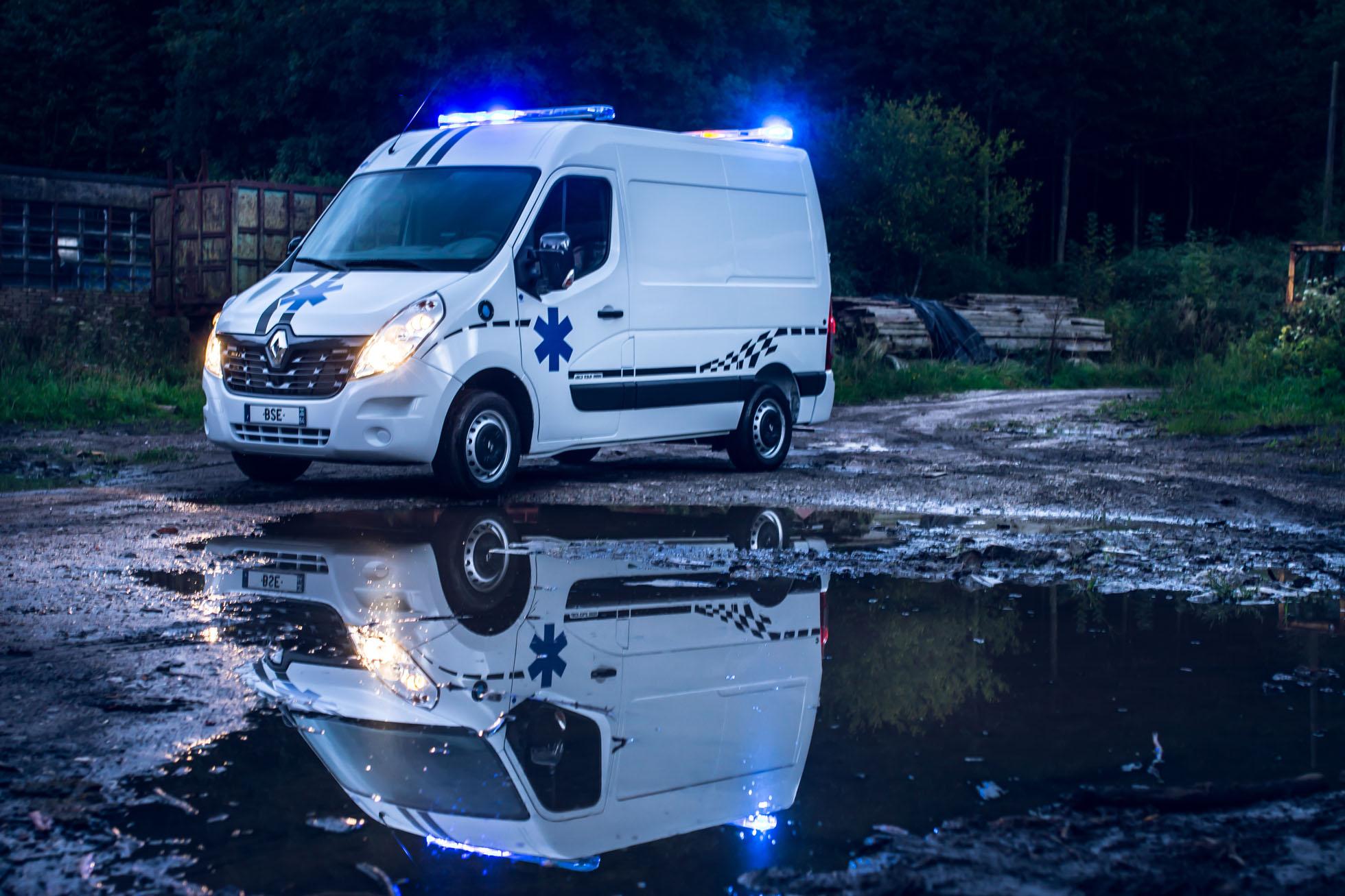 ambulance renault